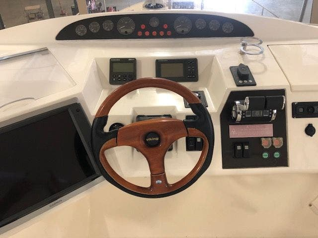 2006 Princess Yachts boat for sale, model of the boat is 61 FLYBRIDGE & Image # 24 of 70