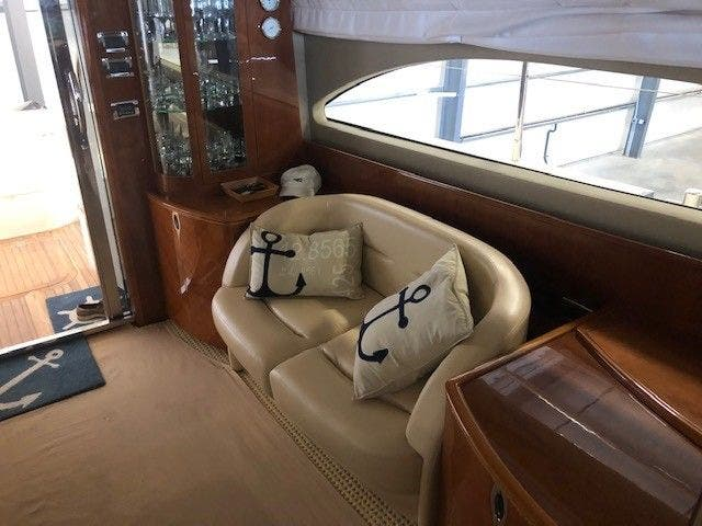 2006 Princess Yachts boat for sale, model of the boat is 61 FLYBRIDGE & Image # 35 of 70