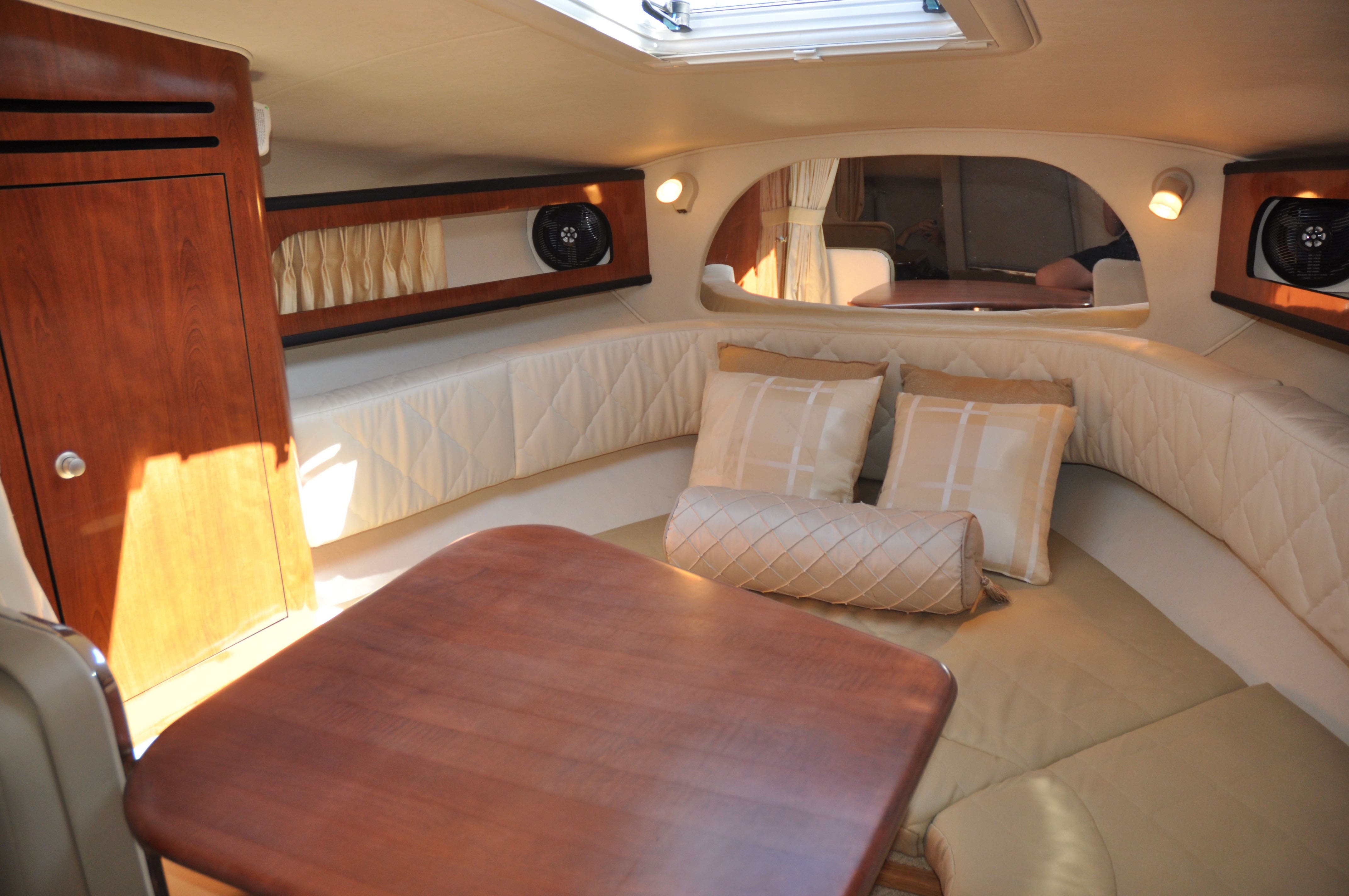 2006 Sea Ray boat for sale, model of the boat is 280 SUNDANCER & Image # 12 of 18