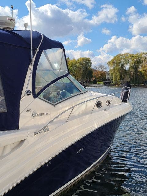 2006 Sea Ray boat for sale, model of the boat is 340 SUNDANCER & Image # 5 of 81