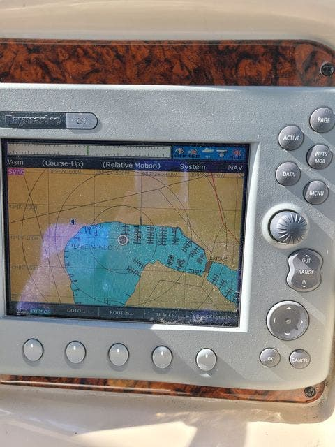 2006 Sea Ray boat for sale, model of the boat is 340 SUNDANCER & Image # 32 of 81