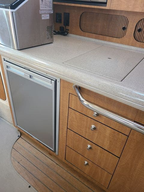 2006 Sea Ray boat for sale, model of the boat is 340 SUNDANCER & Image # 40 of 81