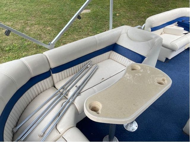 2007 Aqua-Patio boat for sale, model of the boat is 20RE & Image # 9 of 23