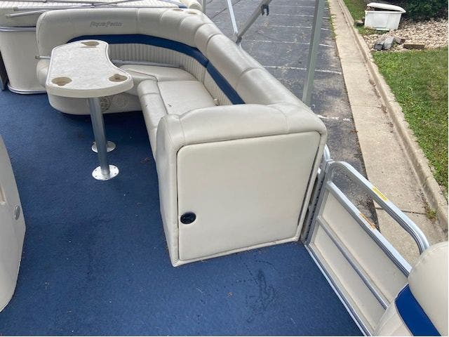 2007 Aqua-Patio boat for sale, model of the boat is 20RE & Image # 10 of 23