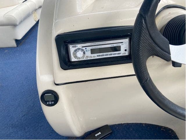 2007 Aqua-Patio boat for sale, model of the boat is 20RE & Image # 14 of 23