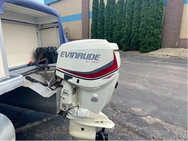 2007 Aqua-Patio boat for sale, model of the boat is 20RE & Image # 19 of 23
