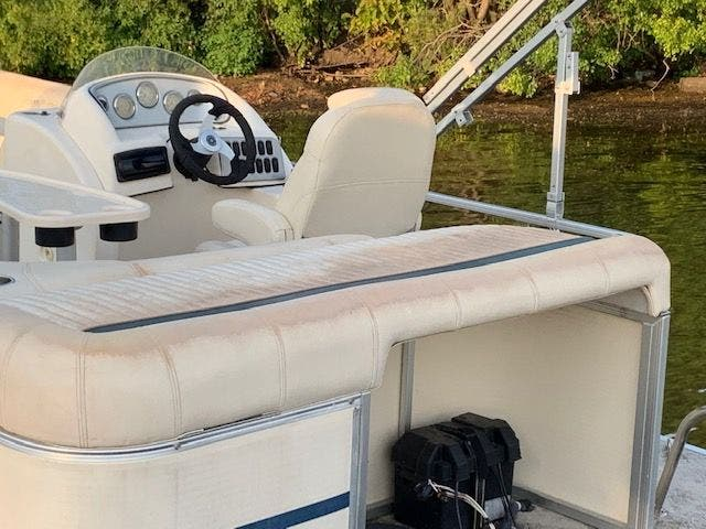 2007 Aqua Patio boat for sale, model of the boat is 180RE & Image # 9 of 34