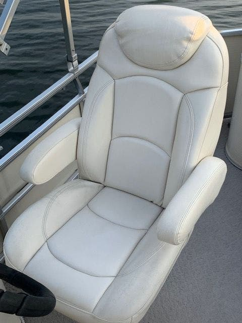 2007 Aqua Patio boat for sale, model of the boat is 180RE & Image # 22 of 34
