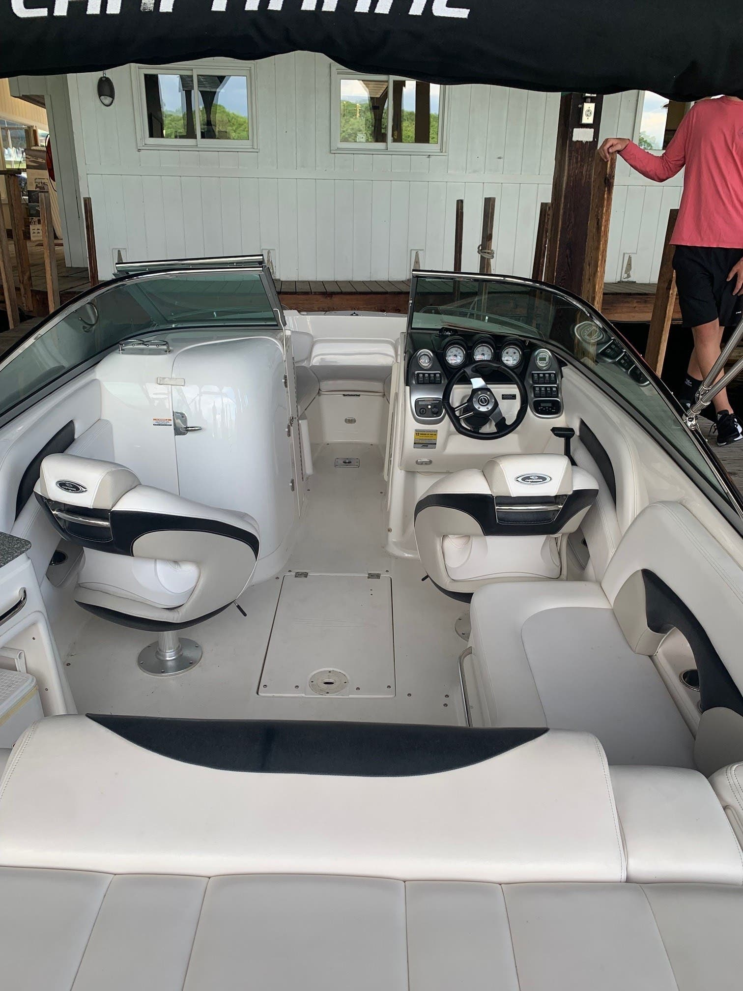 2007 Chaparral boat for sale, model of the boat is 236 SSX & Image # 3 of 7
