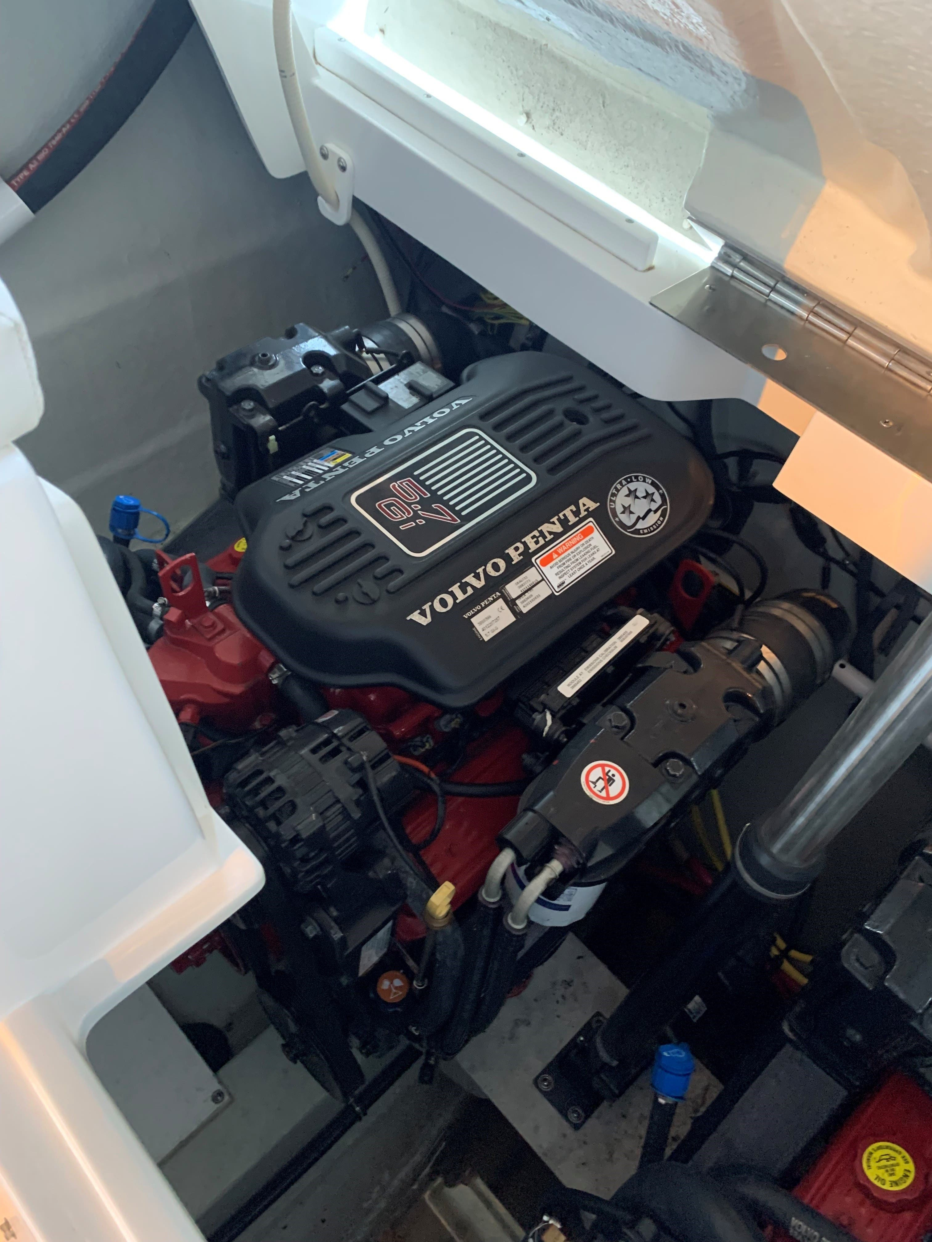 2007 Cobalt boat for sale, model of the boat is 282 & Image # 8 of 10