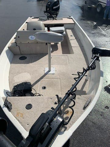 2007 Lowe boat for sale, model of the boat is ANGLER 140S & Image # 4 of 6