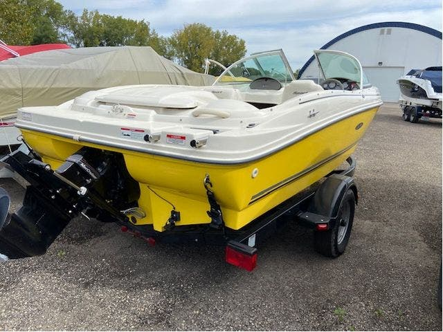 2007 Sea Ray boat for sale, model of the boat is 175 SPORT & Image # 3 of 19