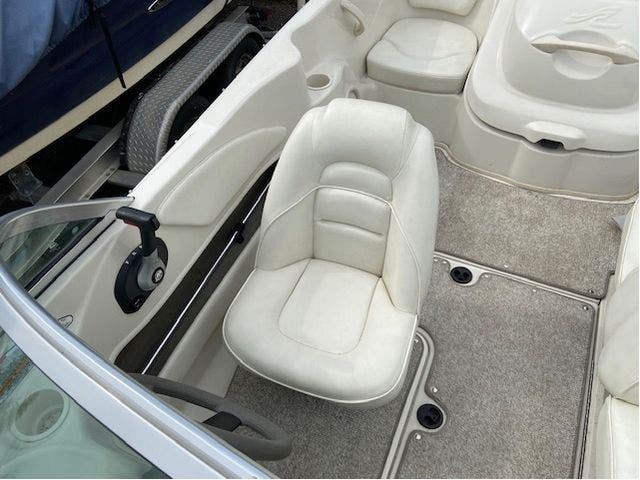 2007 Sea Ray boat for sale, model of the boat is 175 SPORT & Image # 13 of 19