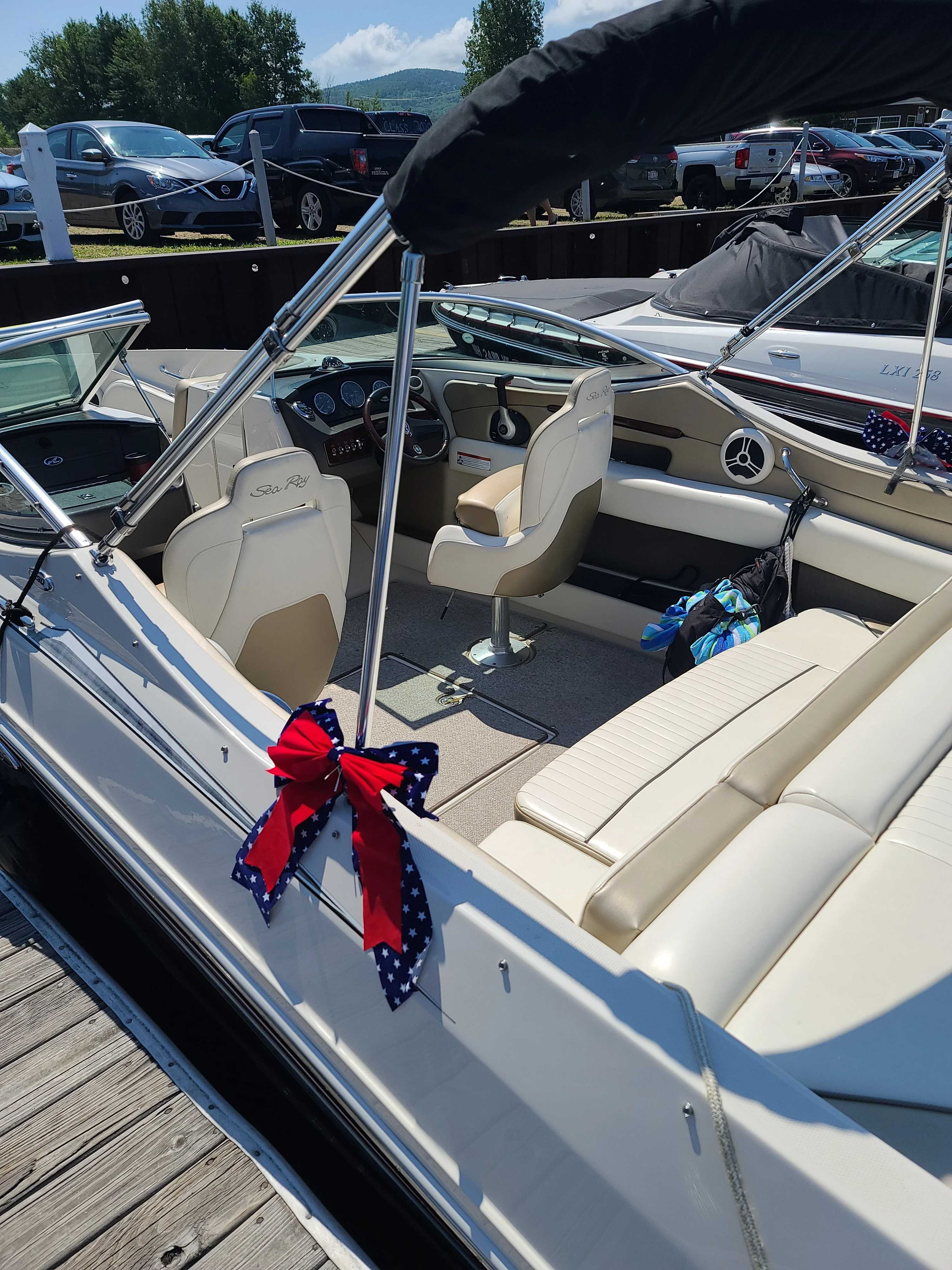 2007 Sea Ray boat for sale, model of the boat is 230 Select & Image # 6 of 6