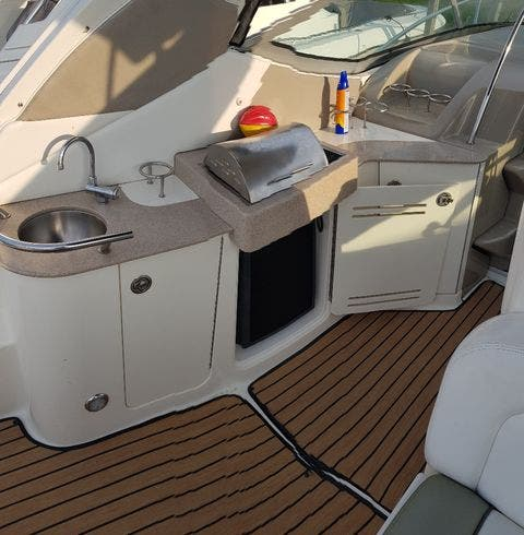 2007 Sea Ray boat for sale, model of the boat is 310 SUNDANCER & Image # 10 of 21