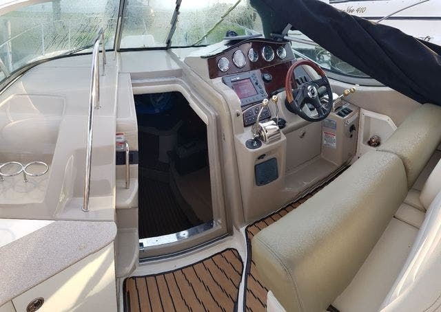 2007 Sea Ray boat for sale, model of the boat is 310 SUNDANCER & Image # 11 of 21