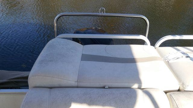 2008 Crest boat for sale, model of the boat is 22-IIIXRS & Image # 5 of 15