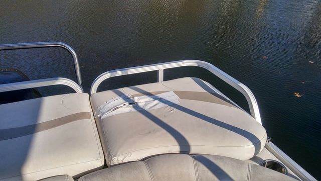 2008 Crest boat for sale, model of the boat is 22-IIIXRS & Image # 6 of 15