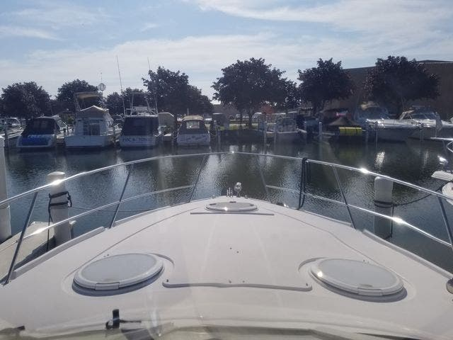 2008 Four Winns boat for sale, model of the boat is 338 VISTA & Image # 8 of 41
