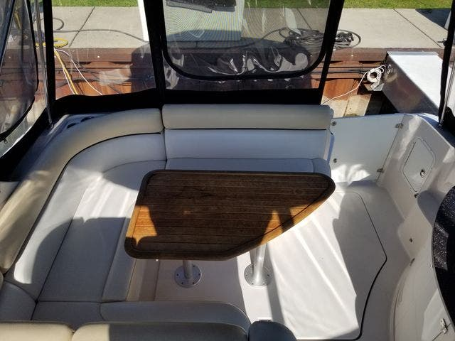 2008 Four Winns boat for sale, model of the boat is 338 VISTA & Image # 11 of 41
