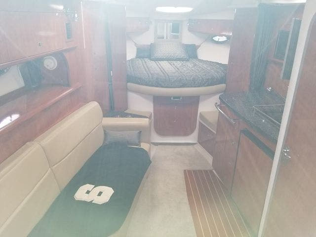2008 Four Winns boat for sale, model of the boat is 338 VISTA & Image # 24 of 41