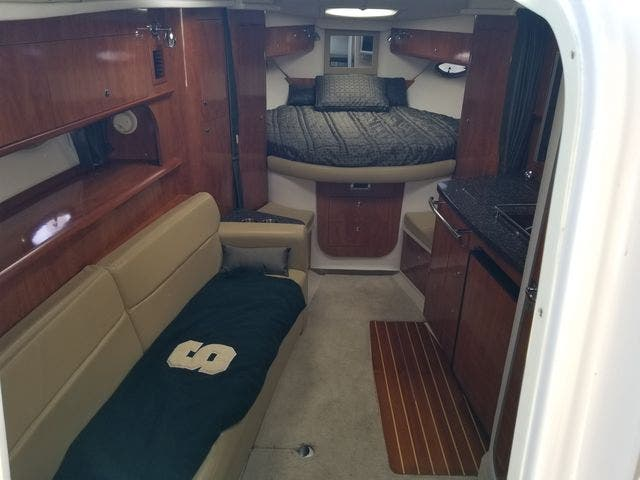 2008 Four Winns boat for sale, model of the boat is 338 VISTA & Image # 32 of 41