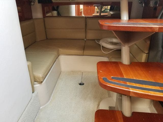 2008 Four Winns boat for sale, model of the boat is 338 VISTA & Image # 35 of 41