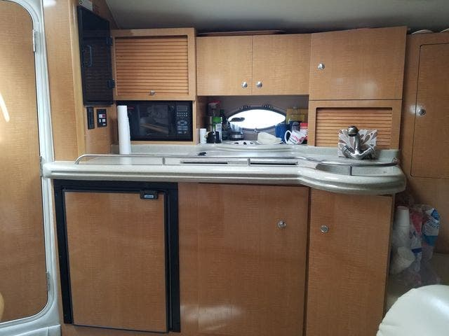 2008 Larson boat for sale, model of the boat is 330 CABRIO & Image # 15 of 21