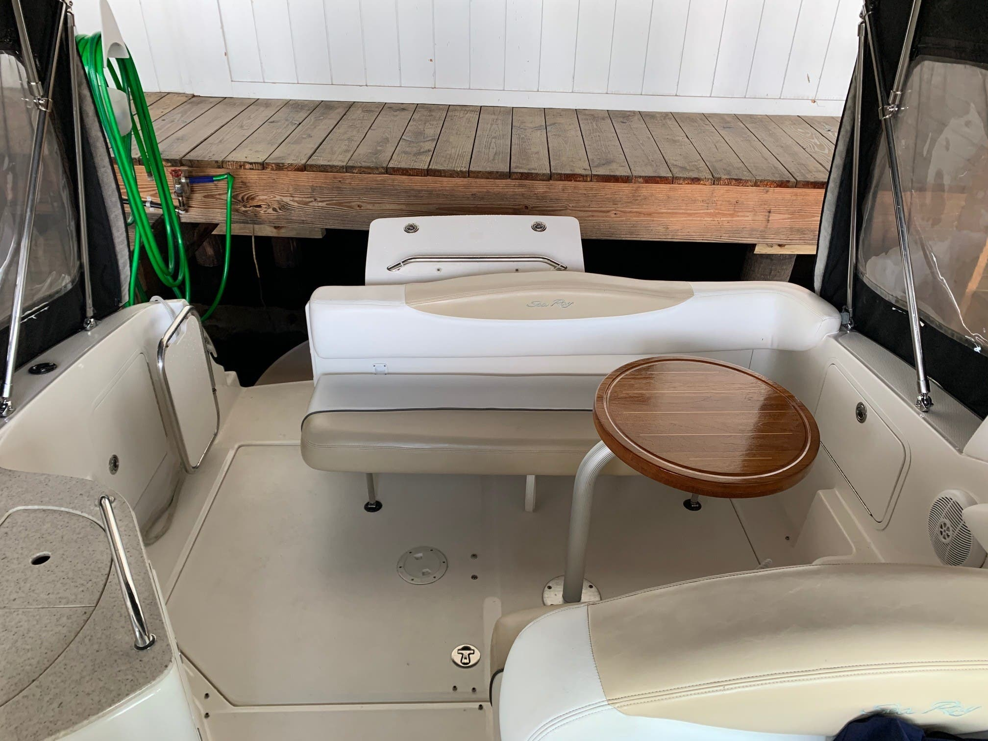 2008 Sea Ray boat for sale, model of the boat is 280 Sundancer & Image # 8 of 14