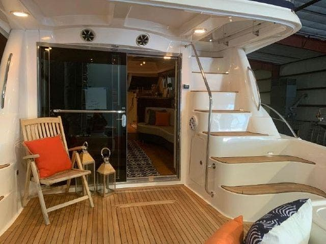 2008 Sea Ray boat for sale, model of the boat is 58 SEDAN BRIDGE & Image # 5 of 69