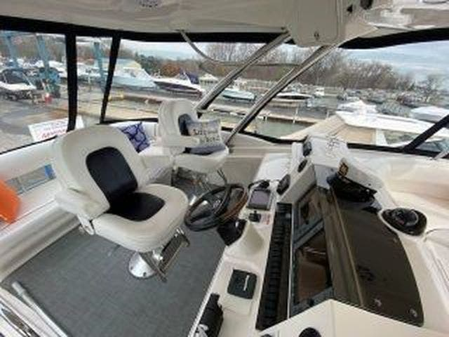 2008 Sea Ray boat for sale, model of the boat is 58 SEDAN BRIDGE & Image # 17 of 69