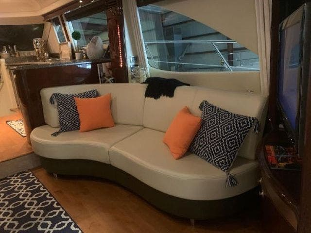 2008 Sea Ray boat for sale, model of the boat is 58 SEDAN BRIDGE & Image # 33 of 69