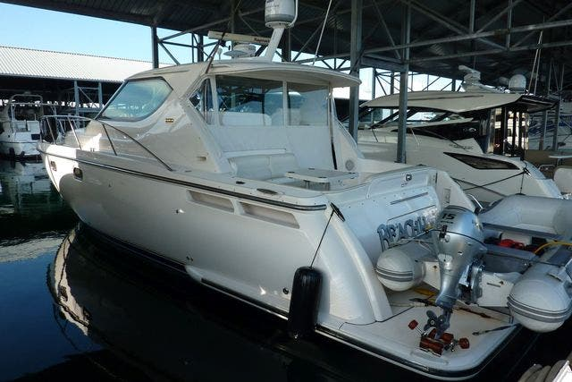 2008 Tiara Yachts boat for sale, model of the boat is 4300 SOVRAN & Image # 3 of 15