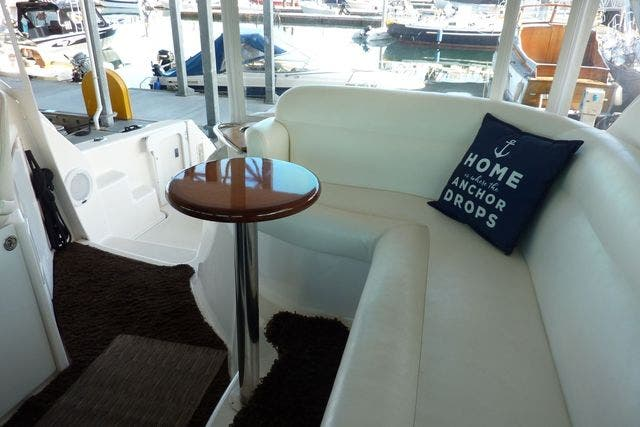 2008 Tiara Yachts boat for sale, model of the boat is 4300 SOVRAN & Image # 6 of 15
