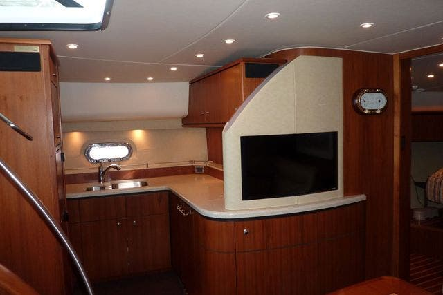 2008 Tiara Yachts boat for sale, model of the boat is 4300 SOVRAN & Image # 12 of 15