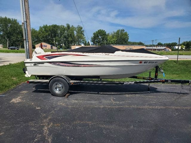 2009 Glastron boat for sale, model of the boat is 170GT & Image # 3 of 15
