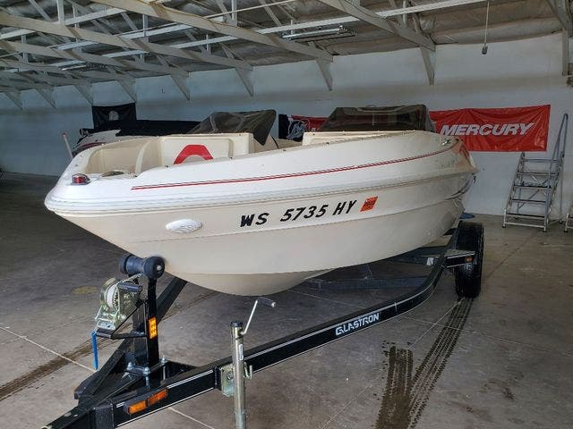 2009 Glastron boat for sale, model of the boat is 170GT & Image # 4 of 15