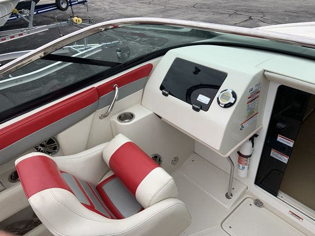 2009 Sea Ray boat for sale, model of the boat is 24 PACHANGA & Image # 5 of 13