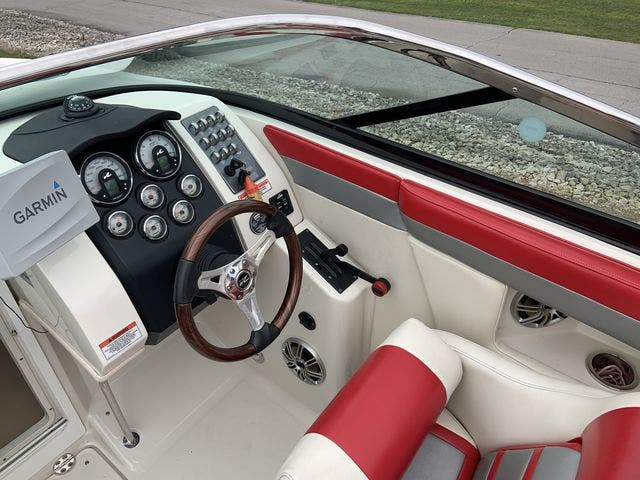 2009 Sea Ray boat for sale, model of the boat is 24 PACHANGA & Image # 6 of 13