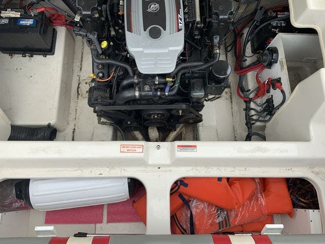 2009 Sea Ray boat for sale, model of the boat is 24 PACHANGA & Image # 12 of 13