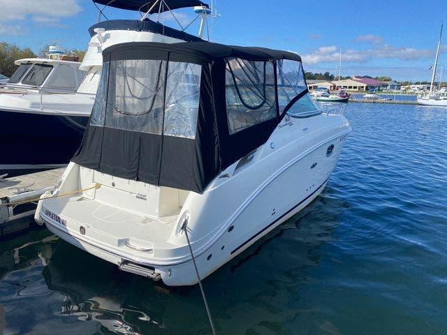 2009 Sea Ray boat for sale, model of the boat is 250 SUNDANCER & Image # 6 of 21