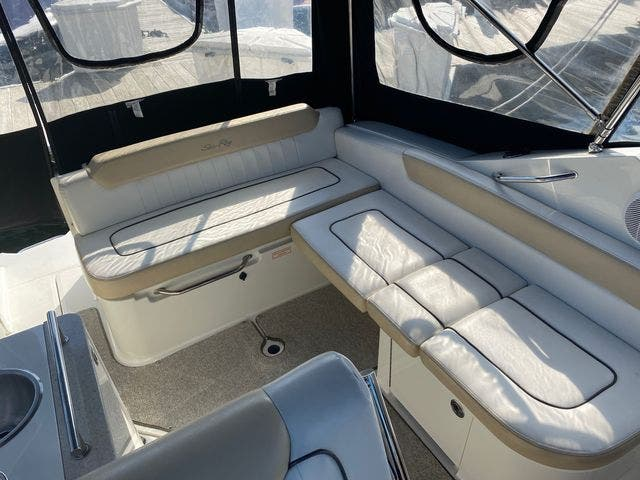 2009 Sea Ray boat for sale, model of the boat is 250 SUNDANCER & Image # 7 of 21