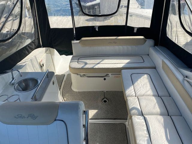 2009 Sea Ray boat for sale, model of the boat is 250 SUNDANCER & Image # 8 of 21