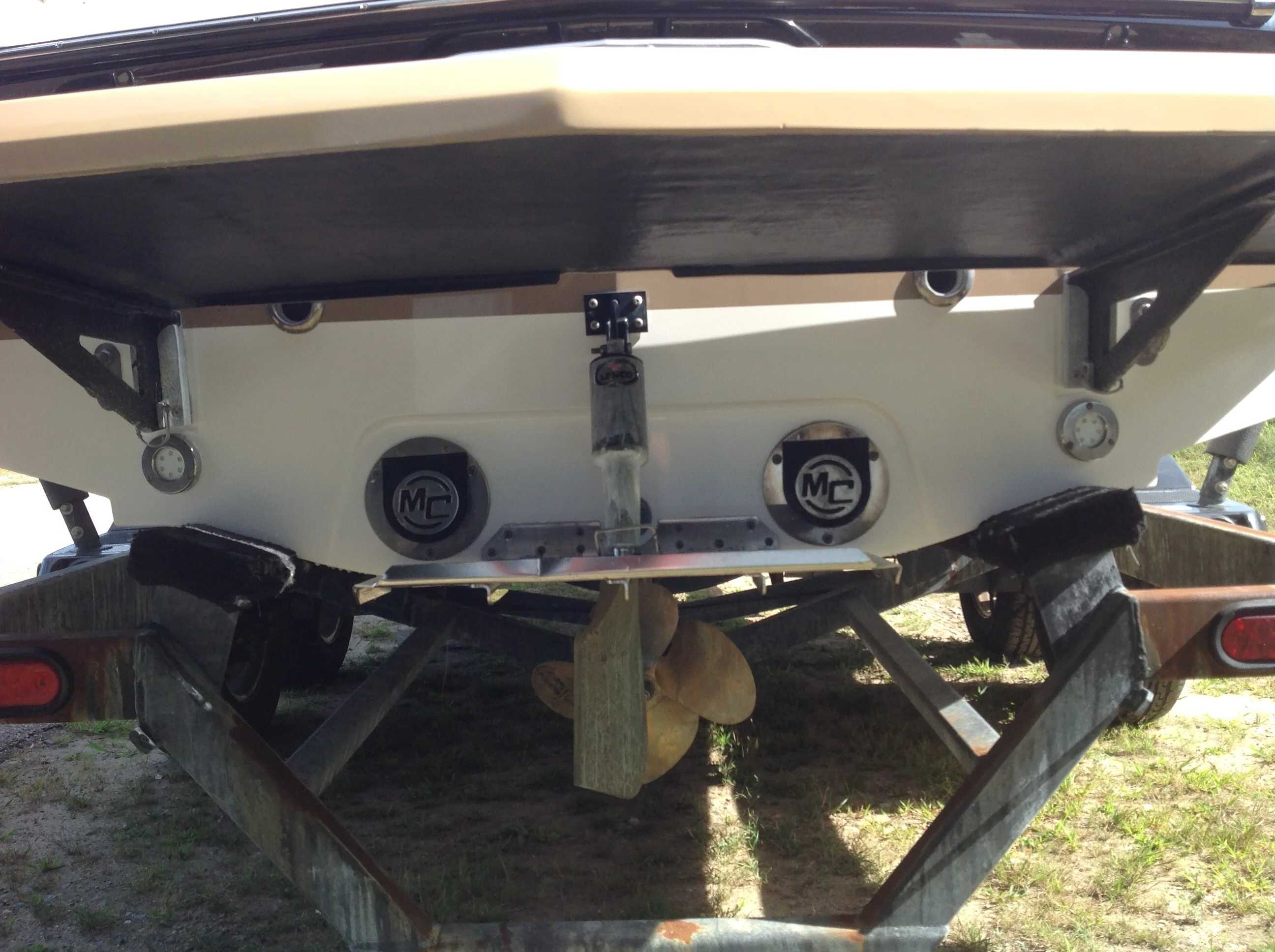 2010 Mastercraft boat for sale, model of the boat is Maristar 235 & Image # 16 of 16