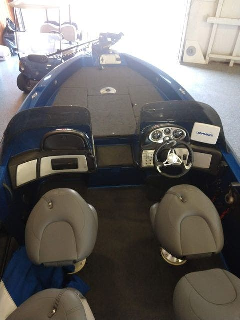 2010 Skeeter boat for sale, model of the boat is WX1900 & Image # 9 of 13