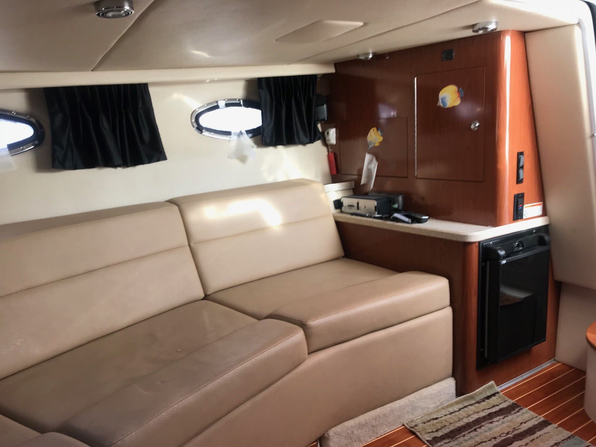 2011 Regal boat for sale, model of the boat is 3350 & Image # 10 of 16