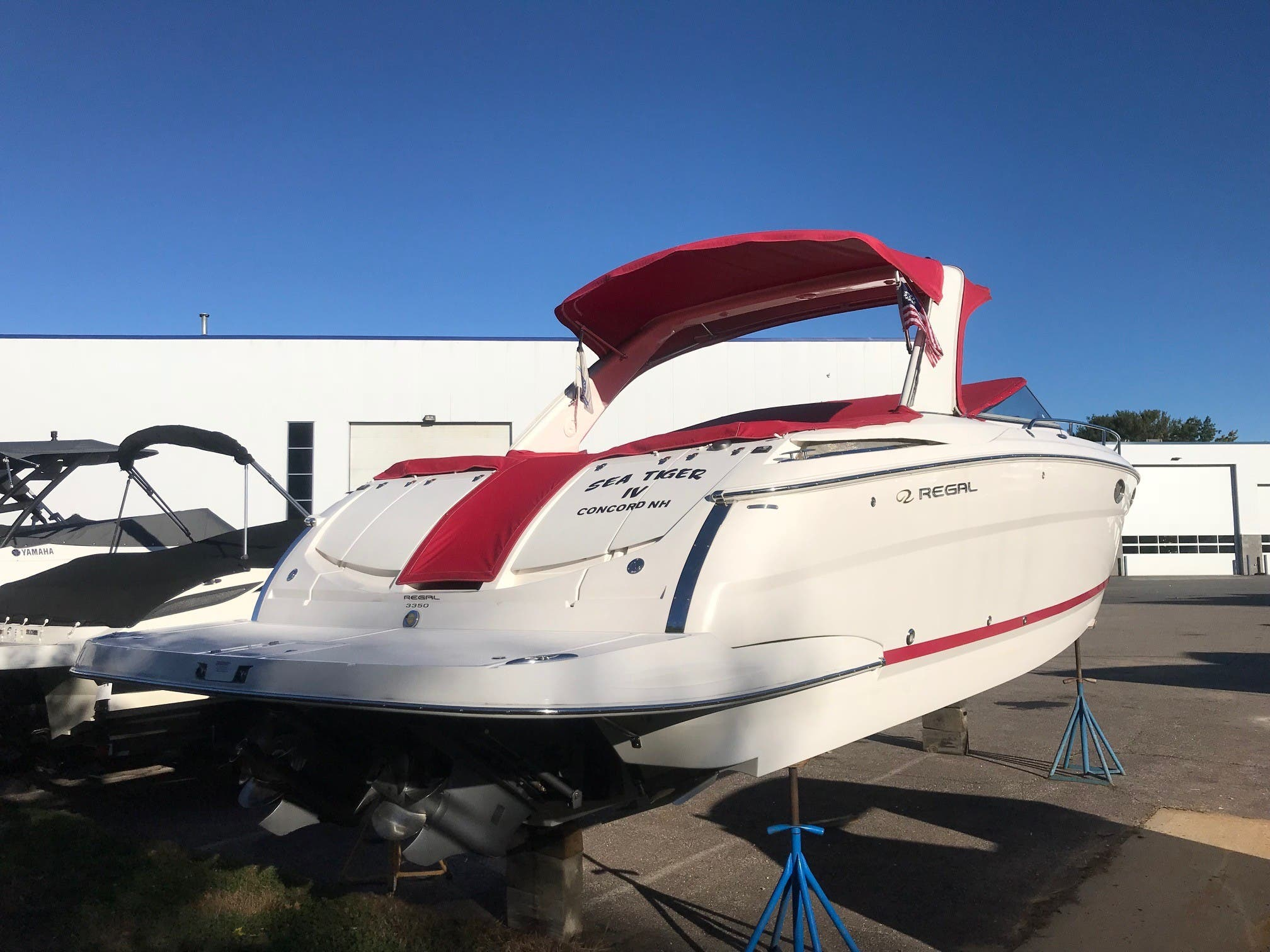 2011 Regal boat for sale, model of the boat is 3350 & Image # 16 of 16