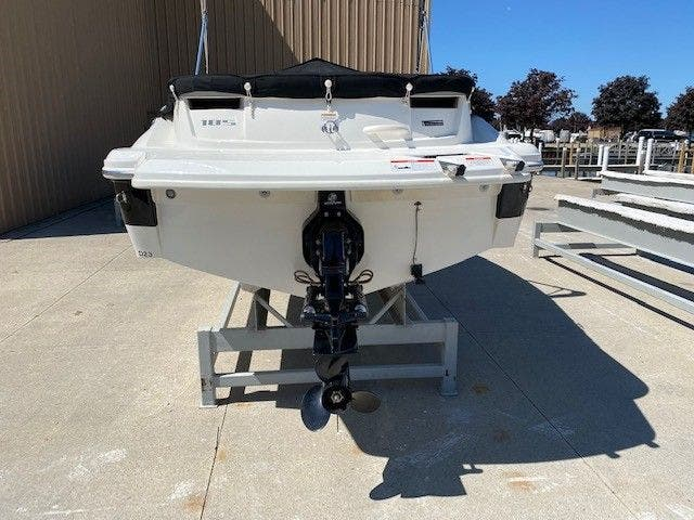 2011 Sea Ray boat for sale, model of the boat is 185 SPORT & Image # 15 of 15