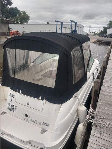 2011 Sea Ray boat for sale, model of the boat is 240 SUNDANCER & Image # 6 of 26