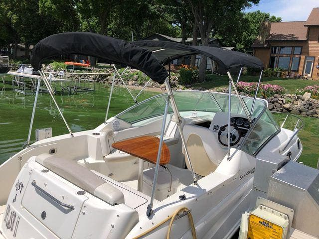 2011 Sea Ray boat for sale, model of the boat is 240 SUNDANCER & Image # 8 of 26
